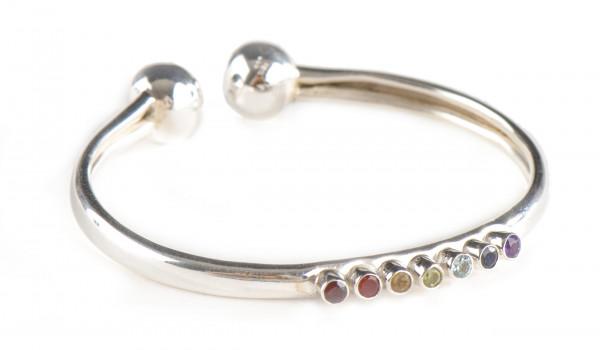 Biegsames Chakra-Armband